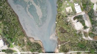 Estuary_120m_altitude_from_bridge.JPG: